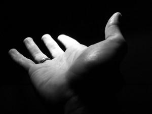 Recordemos quiénes somos con gestos sencillos...